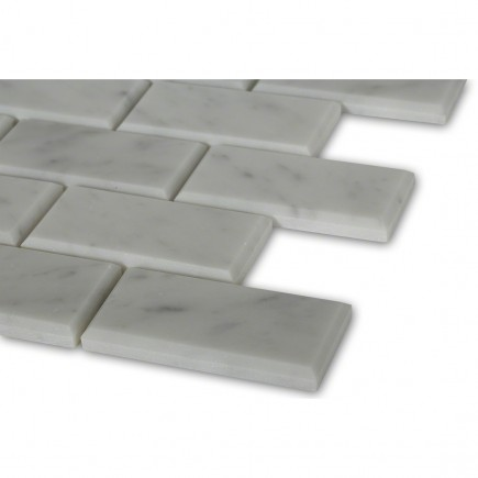 White Carrera 2x4 Brick Beveled Marble Tile_corner_closeup