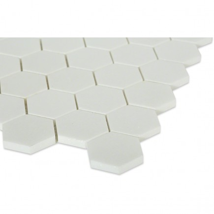 White Thassos Hexagon_corner_closeup