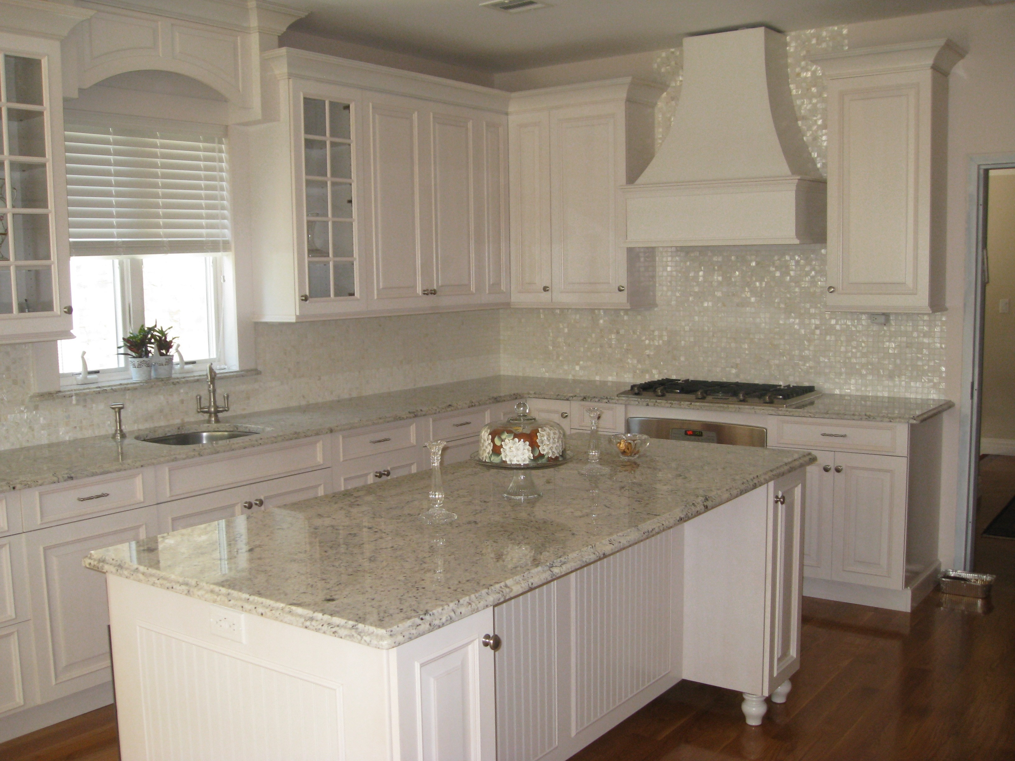 Mother of pearl oyster white glass tile for Bathroom backsplash